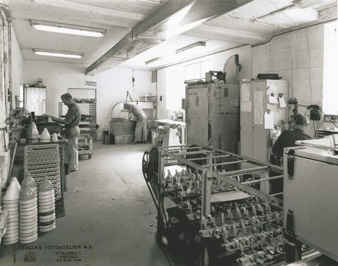 Luxo L-1 80 år