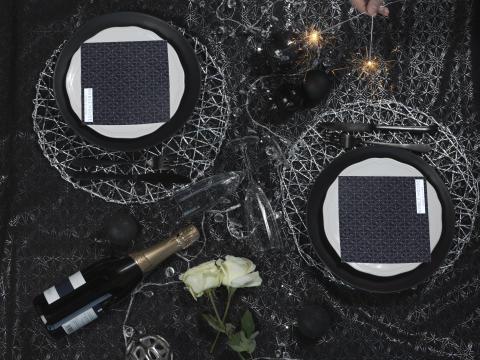 New Year Black Cloth Arvika, Place mat Nest metallic, Paper napkin Christmas