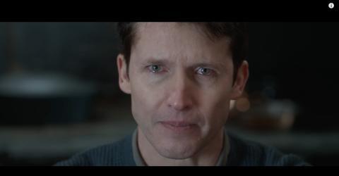 James Blunt avdekker følelsesladet video