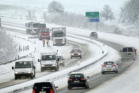 Vinterdæk i kraftig fremmarch - Antallet af personbiler og vinterdæk øget