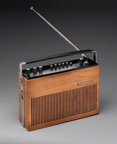 Ekstrem Ekstrøm. Møbel- og industridesign.PT3-3, Peter Opsvik, Tandberg radiofabrikk, 1967