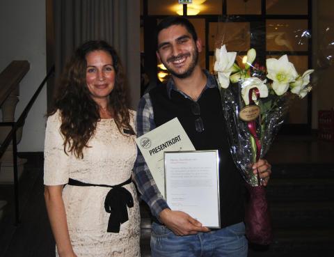 Årets Vikarie 2011 Nenad Prokopovic och VRE Educations VD Charlotte Alkeborn