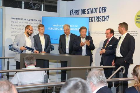 Erste Electric Networking Night zur transport logistic 2019