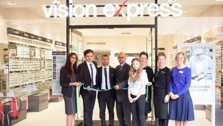 Vision Express launches new Enfield store with the help of Barnet teenager