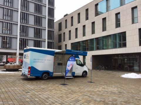 Beratungsmobil der Unabhängigen Patientenberatung kommt am 7. April nach Ingolstadt.