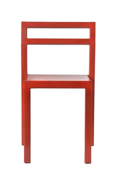 Röd-NON_2000_utställningens-yngsta-stol_Foto-Peter-Segemark_Nordiska-museet