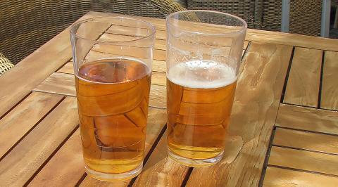 Fler äldre dör av alkohol