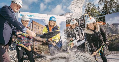 Första spadtaget för Huges nya kvarter i Flemingsberg