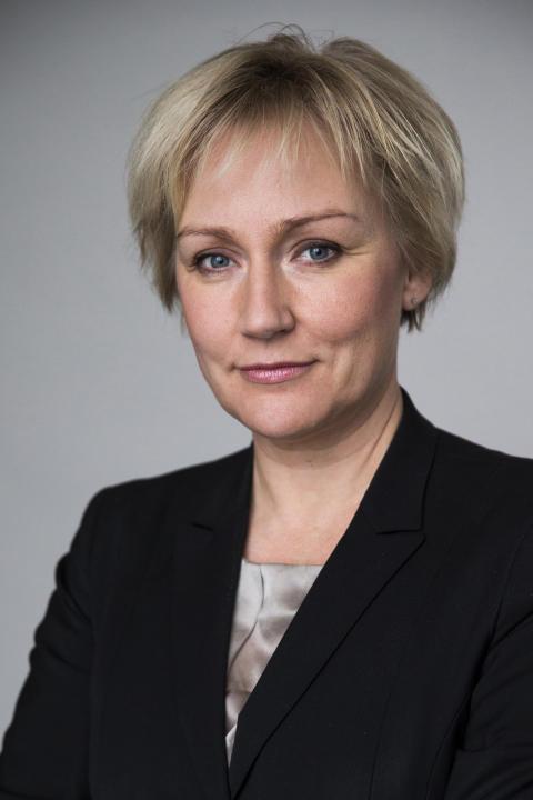 Ministern för högre utbildning och forskning besöker Högskolan i Skövde