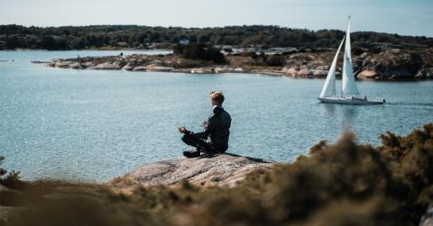 Trend: Kombinera vandring med yoga