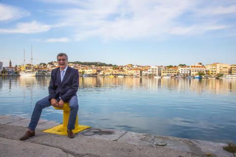 Borgmester Spyros Galinos er bekymret for situationen for beboerne på Lesbos, når turisterne svigter øen.