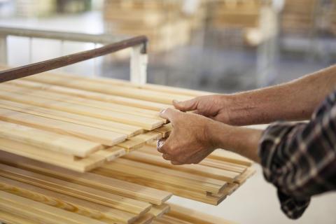 Svenska Fönster säljer kulturfönsterfabriken i Lingbo