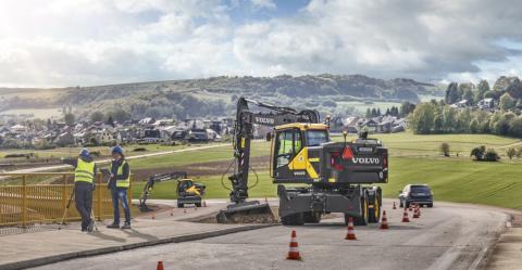 Ta en sväng med nya Volvo EWR170E