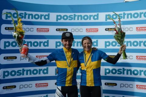 Emil Lindgren och Jennie Stenerhag, svenska mästare MTB XCM 2016 och 2017