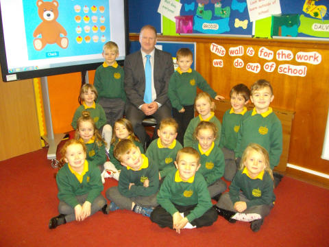 Dyke Primary pupils and HT Stephen Simpson