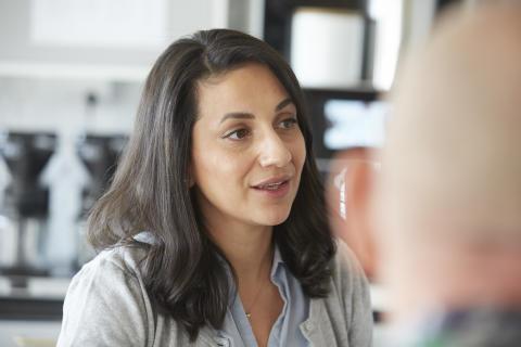 Rana Kasto, hållbarhetsutvecklare och initiativtagare för programmet på Stockholmshem.