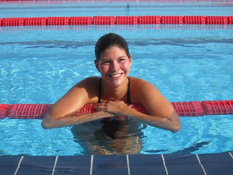 Lotte Friis skal svømmetræne Apollos børn
