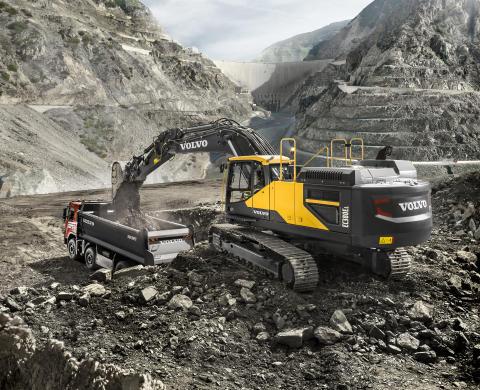 Volvo EC380E är ett riktigt kraftpaket under tuffa förhållanden