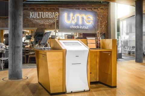 U&Me hotel - Checka in digitalt på inomhustorget i Väven