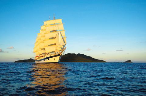 Oplev sejlads og havliv under mange dages transatlantisk krydstogt