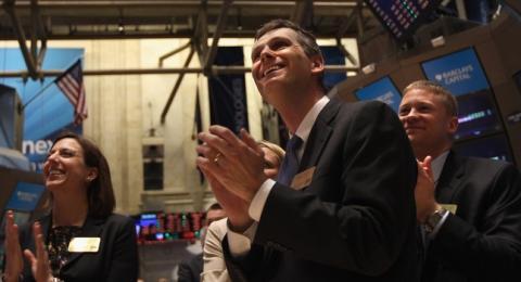 US natgas hits $3, but falls