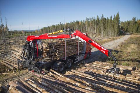 Cranab lanserar starka lastbilskranen TL12