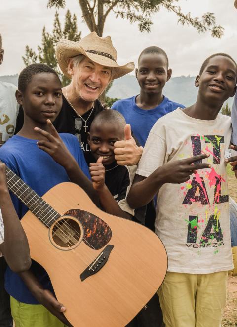 Engagerade artister ger julkonserter för barns rättigheter