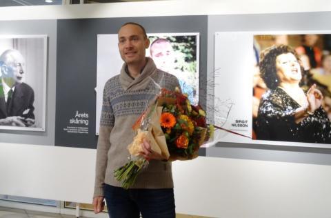 Årets Skåning Jesper Rönndahl får porträtt på Malmö Airport