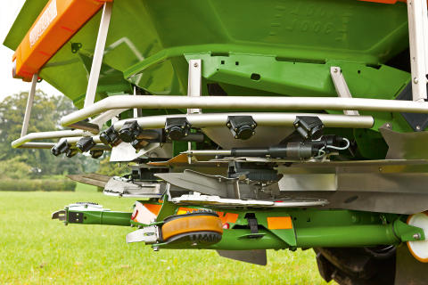 14 radarsensorer sprider gödsel jämnare