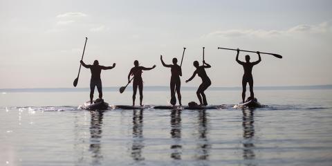 SUP-yoga är en häftig upplevelse på vattnet!