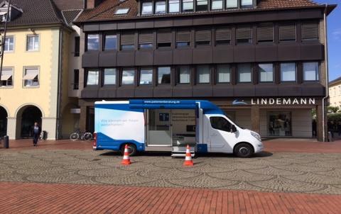 Beratungsmobil der Unabhängigen Patientenberatung kommt am 8. Juni nach Hameln.