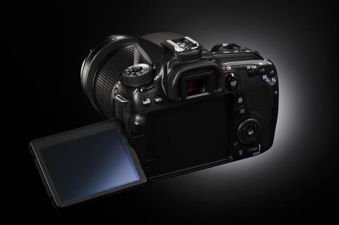 Canon EOS 70D baksida