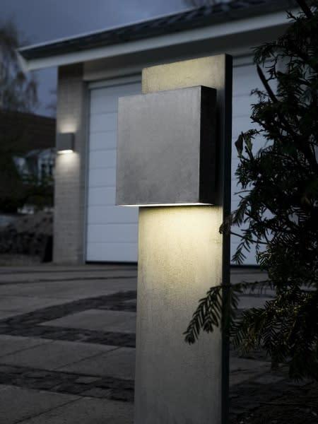 Fox Design presenterar Square med LED. Möjligen renaste formen för att spara energi.