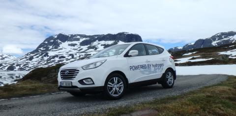 Hyundai ix35 Fuel Cell på vidda