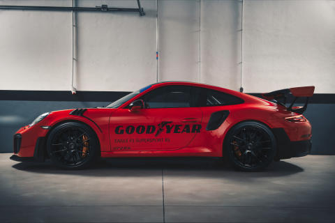 GOODYEAR_EF1SS_GT2RS_Pitbox_9
