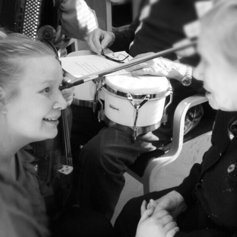 Krista Pyykönen får Kerstin Eliassons pris för bästa masterarbete vid KMH 2013