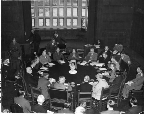 Eroeffnungssitzung 17Juli1945_PotsdamerKonferenz_pr