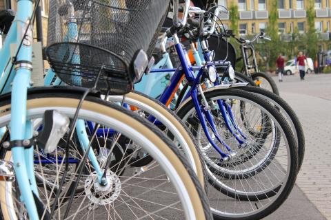 Tjänstecyklar och e-cyklar vid Malmö stads fordonsmässa 2012