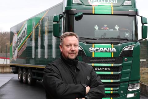 """""""Scania sucht Fahrer"""" - hieß es in der Stellenanzeige"""