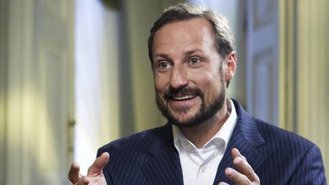 H.K.H. Kronprins Haakon kommer - kommer noen fra din skole?
