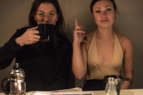 Nadja Chatti och Johanna Schneider om det egna bokningsbolaget Esperanto Music som har hela fyra dj's bokade på Into the Valley i sommar