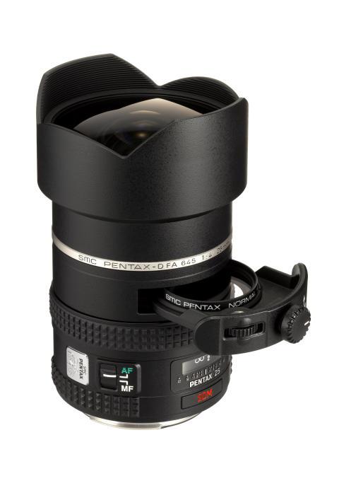 Pentax D-FA 645 25mm med filterholder trukket ud