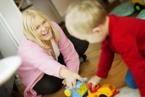 Allt fler vill jobba som just barnvakt i Malmö