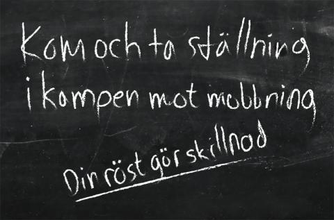 Friends i Almedalen: Barnkör sjunger om sommarlovets baksida i nyskriven låt