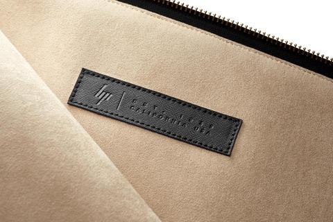 HP Spectre 13.3 Split Leather Sleeve, inside detail