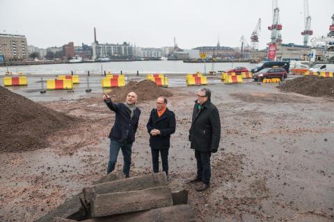 Arthur Buchardt, Torgeir Silseth og arkitekt Aki Davidsson