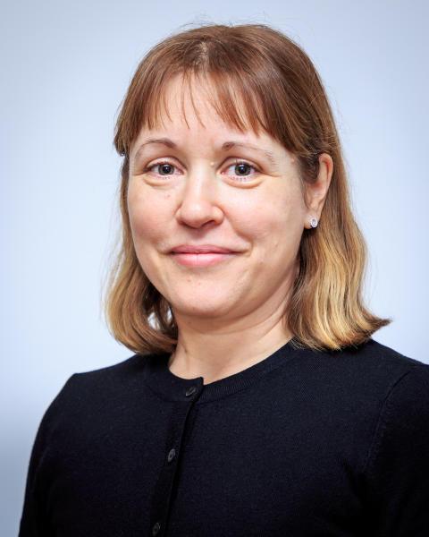 Jennifer Hood, biolog