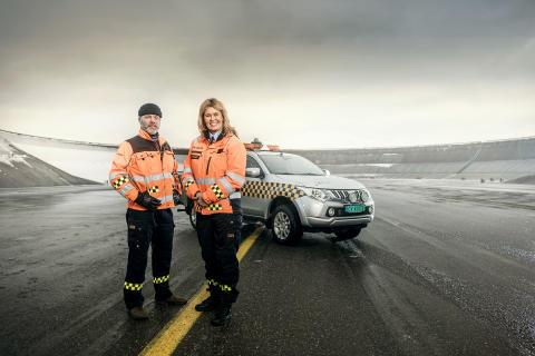 OSL 24-7 - Airport patrol 01 - Kjell Are og Kari - foto Vegard Breiep