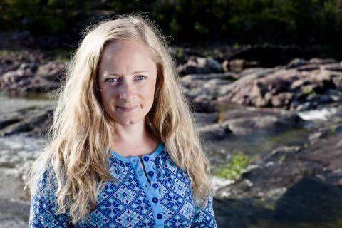 Ogräs blir till nytta med Alexandra De Paoli på Stora Nolia