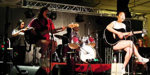 Unga producerar och framför musik i Skärholmen